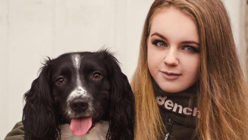 Ted, il cane sostegno di una ragazza con una malattia al cuore