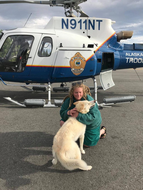 Cane Husky salva escursionista ferita e diventa un eroe